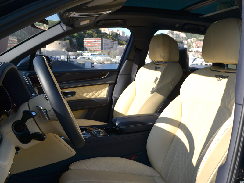 location auto monaco Bentayga Bentley - Monaco Luxury Rent