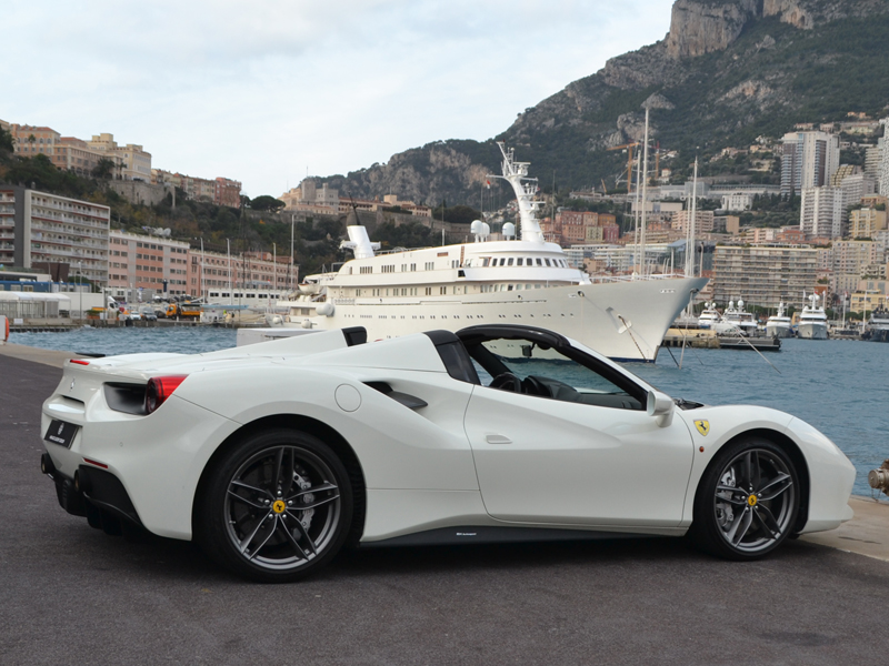 location véhicule 488 Spider Ferrari - Monaco Luxury Rent