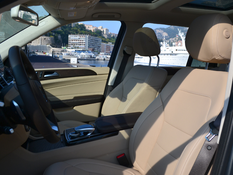 location auto monaco GLS 7 places Mercedes-Benz - Monaco Luxury Rent