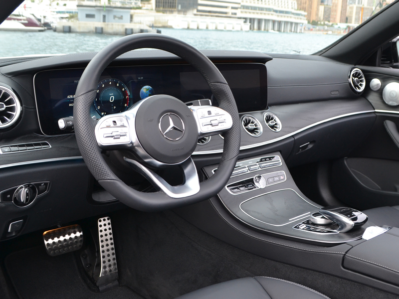 to rent Classe E Cab. Mercedes-Benz chez Monaco Luxury Rent