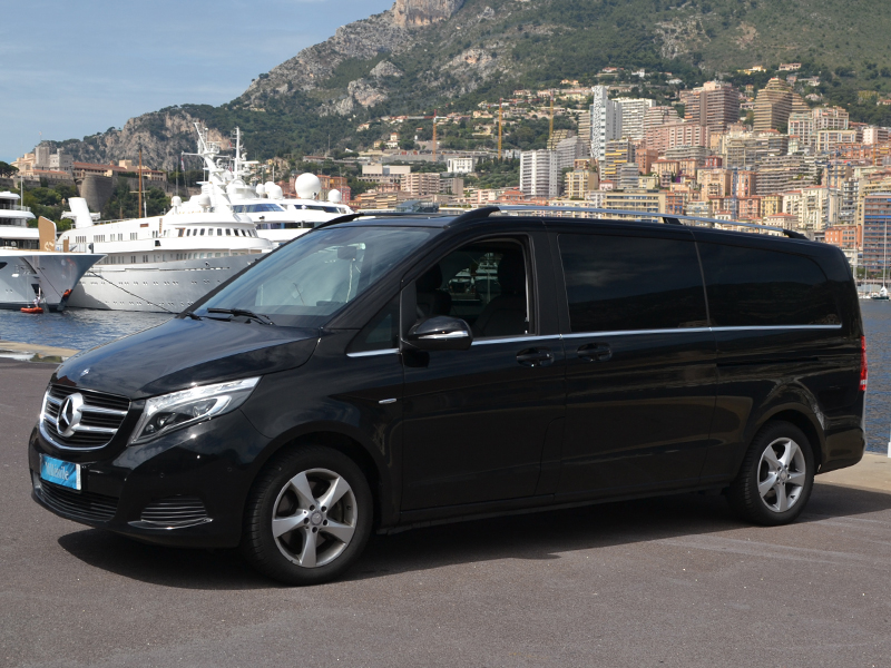 for rent Classe V Mercedes-Benz chez Monaco Luxury Rent